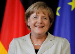 Меркель объявила обуходе с поста канцлера после 2021 года