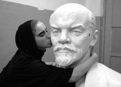 Ленин жив: тело вождя может  храниться еще 100 лет