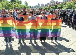 Тысячи киевлян против «Марша равенства»