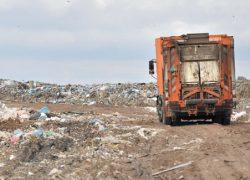 Киевский мусор могут начать вывозить в Чернобыль