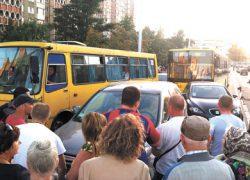 Чучело Виталия Кличко сожгли у станции метро «Героев Днепра»