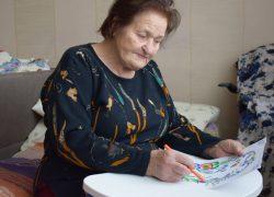 Киевский центр консультативной помощи переселенцам просит помочь  90-летней женщине, эвакуированной с Донбасса