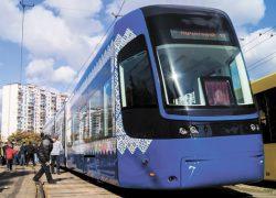 До конца января во всех автобусах и трамваях столицы заработает бесплатный Wi-Fi
